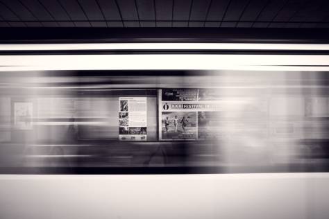 Tren photo by mario calvo - c